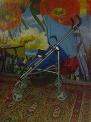 ПРОДАМ Детскую коляску трость Geoby